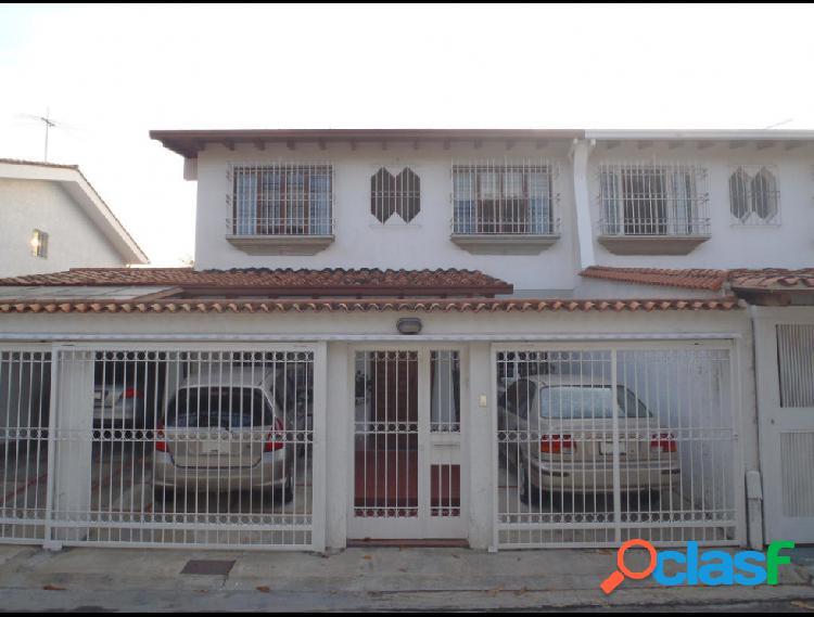 Casa en venta Colinas de Santa Monica RAH: 17-9957