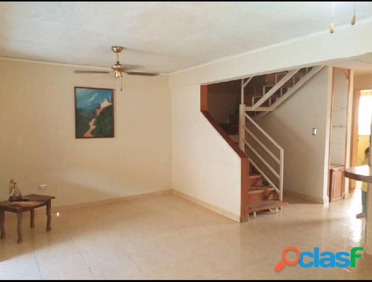 Casa en venta La MoraRAH: 19-102