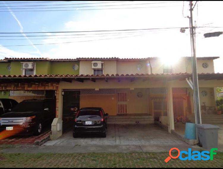 Casa en venta Plaza Antigua RAH: 19-17866