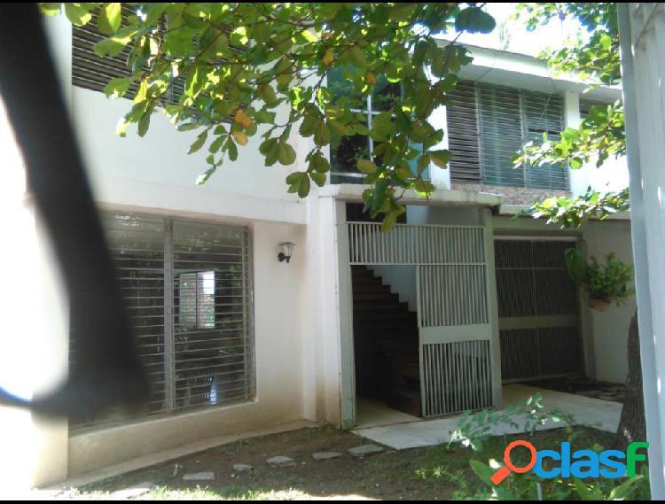 Disponible Casa en venta Alta Florida RAH: 17-5338