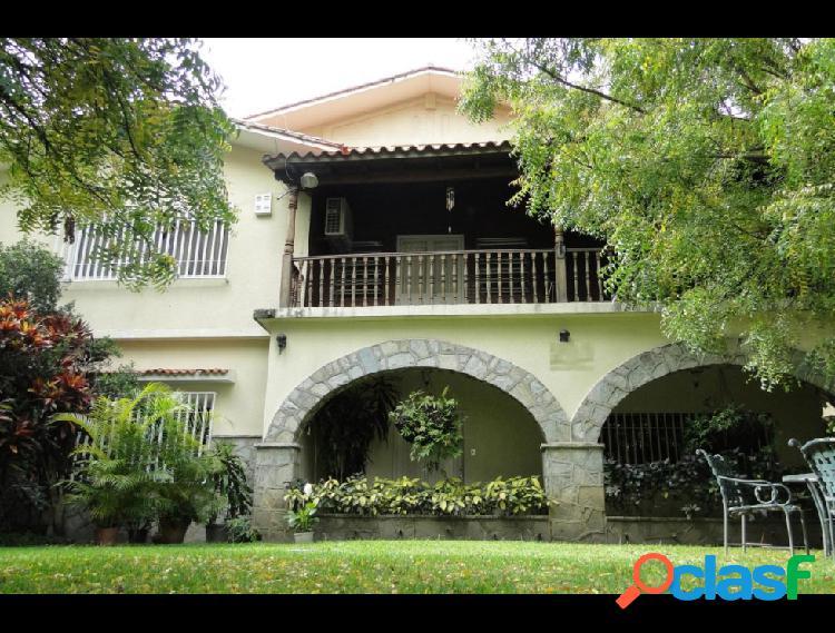 Disponible Casa en venta Altamira RAH: 17-5737