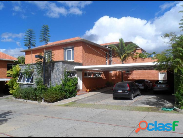 Disponible Casa en venta Alto Hatillo RAH: 14-1046