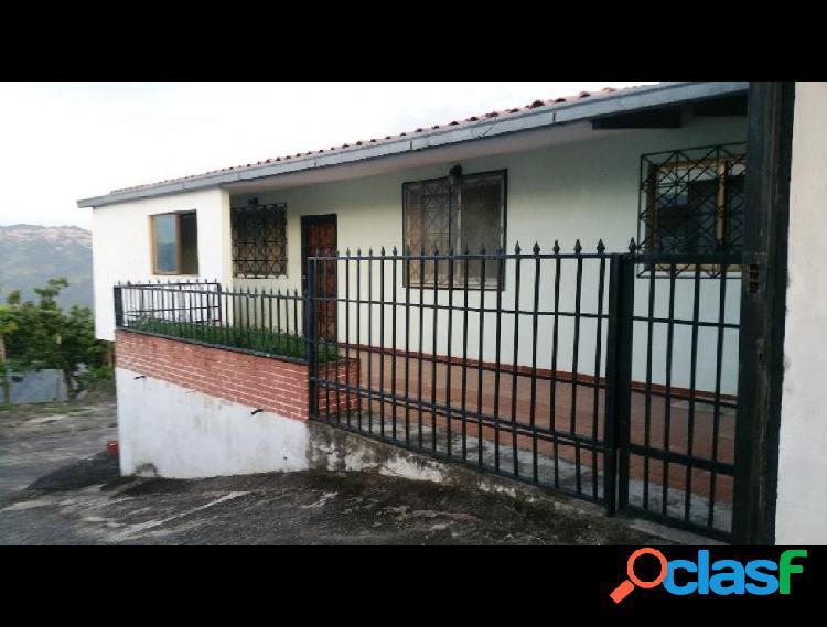 Disponible Casa en venta Caicaguana RAH: 17-14789