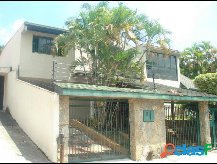 Disponible Casa en venta El Cafetal RAH: 15-3826