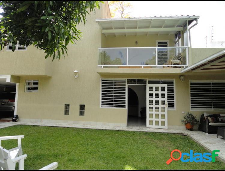 Disponible Casa en venta El Cafetal RAH: 17-4242