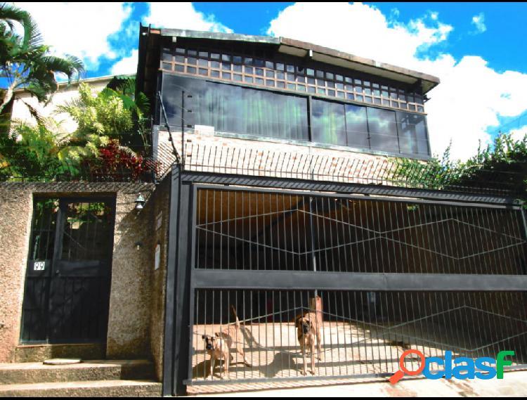 Disponible Casa en venta El Hatillo RAH: 16-726