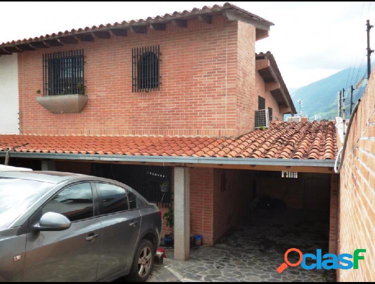 Disponible Casa en venta El Marques RAH: 17-13234