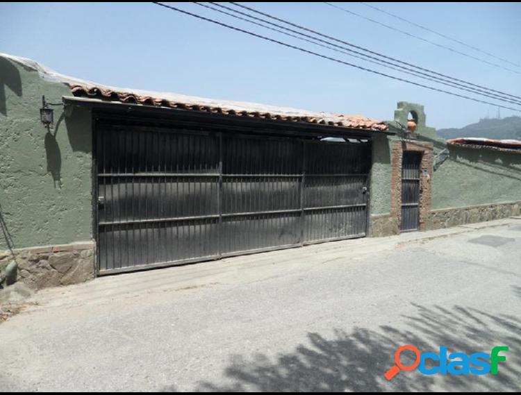 Disponible Casa en venta Los Robles RAH: 15-5890
