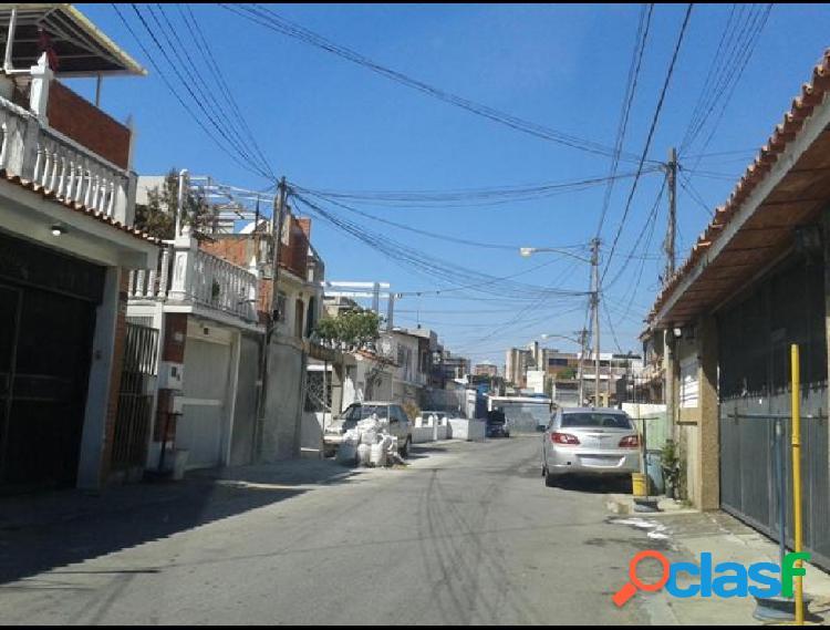 Disponible Casa en venta Montecristo RAH: 18-13954