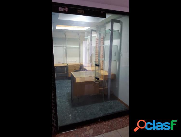Oficina en Venta en Av Delicias Norte, Maracaibo
