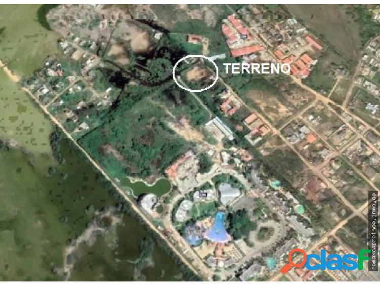 Terreno de 2035 m2. Playa Norte Chichiriviche