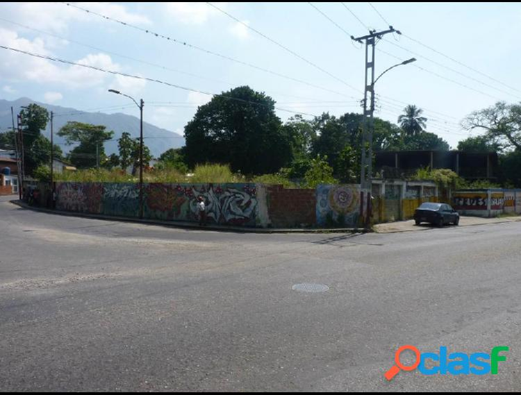 Terreno en Venta en El Limon, Maracay