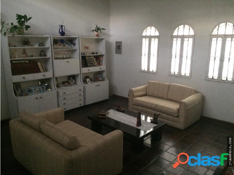 Vendo casa en el Castaño, Maracay