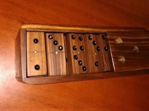 Juego De Domino Elaborado En Madera
