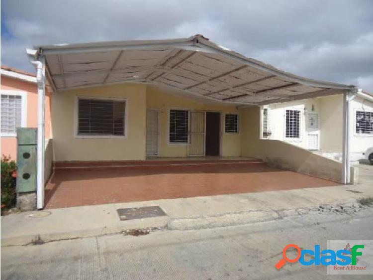 Venta de Casa al Norte de Barquisimeto,NLG202192