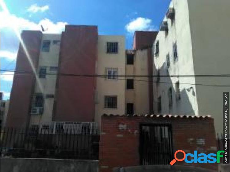 Apartamento en Venta El Centro 20-4845 AL