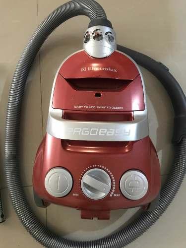 Aspiradora Electrolux Ergoeasy Usada  Watts