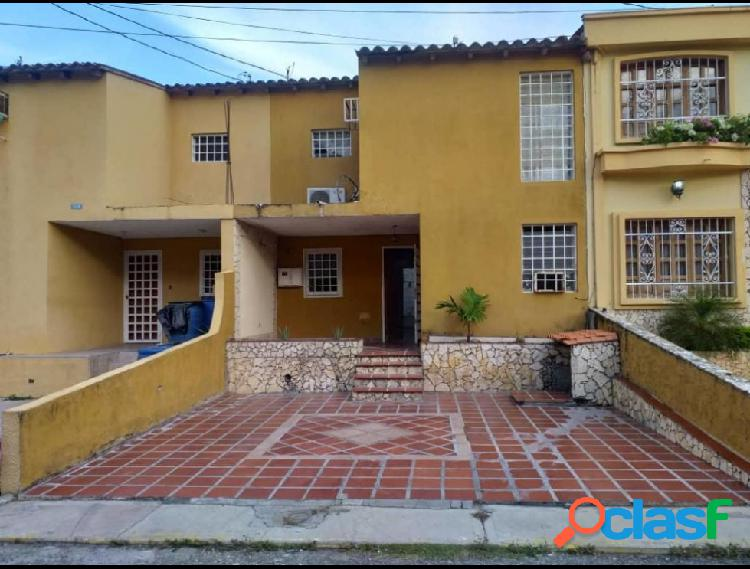 RAH: 19-102. Casa en venta en La Mora