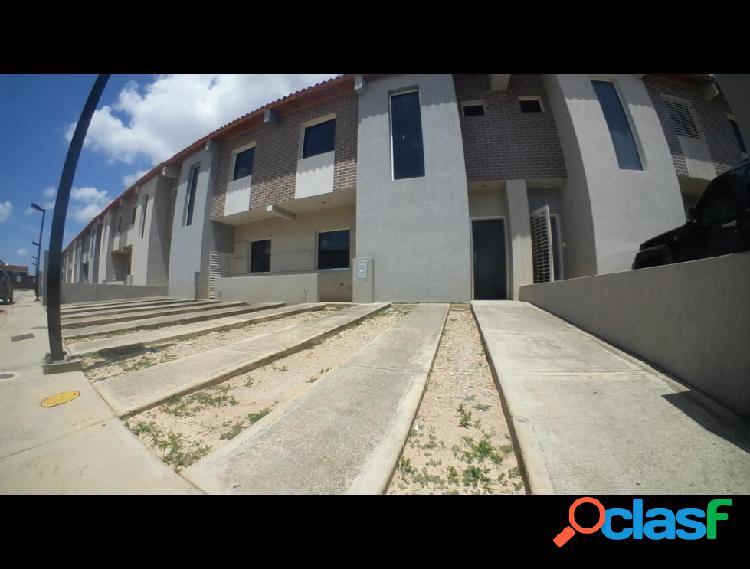 RAH: 20-1409. Casa en venta en La Mora