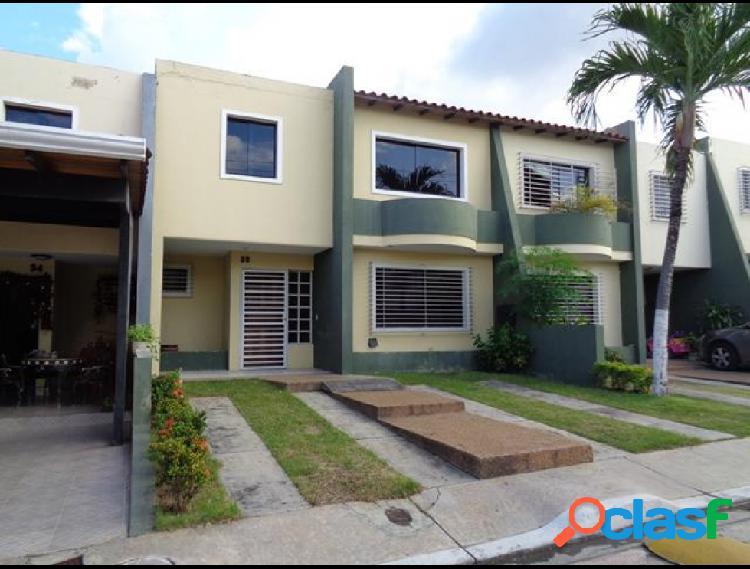 RAH: 20-1495. Casa en venta en La Mora