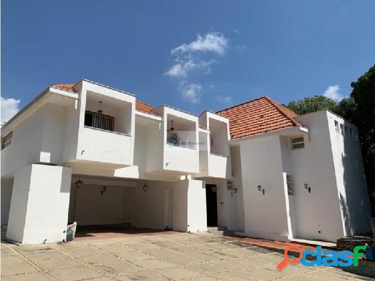 Se vende casa 5h+2s/6b+s/7p Lomas de Mirador