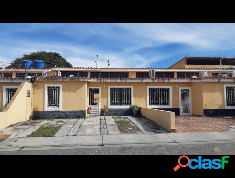RAH: 20-6060. Casa en venta en La Mora
