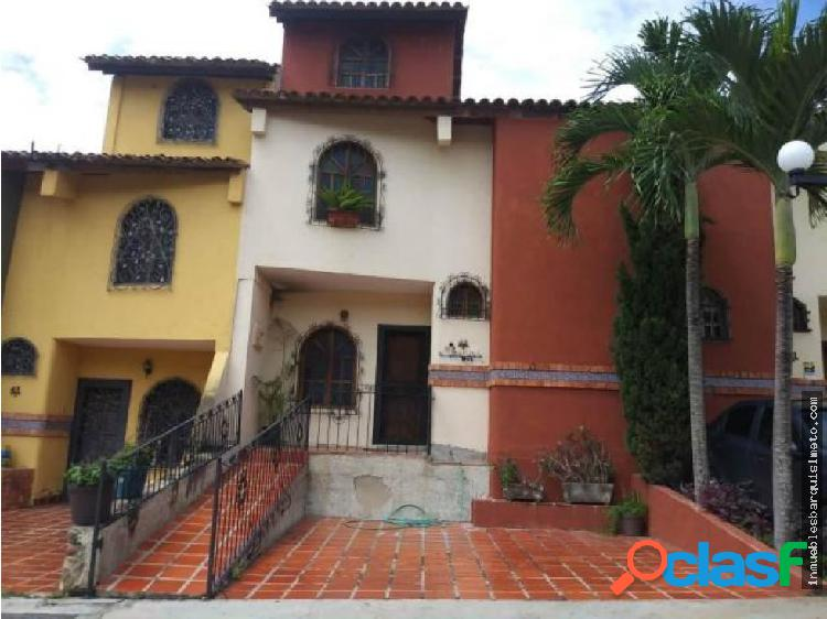 Casa en Venta Los Cardones 20-4652 zegm