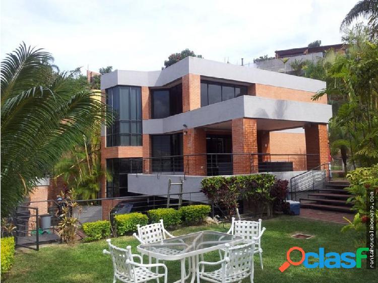 Casa en Venta Los Naranjos MB3 MLS19-15649