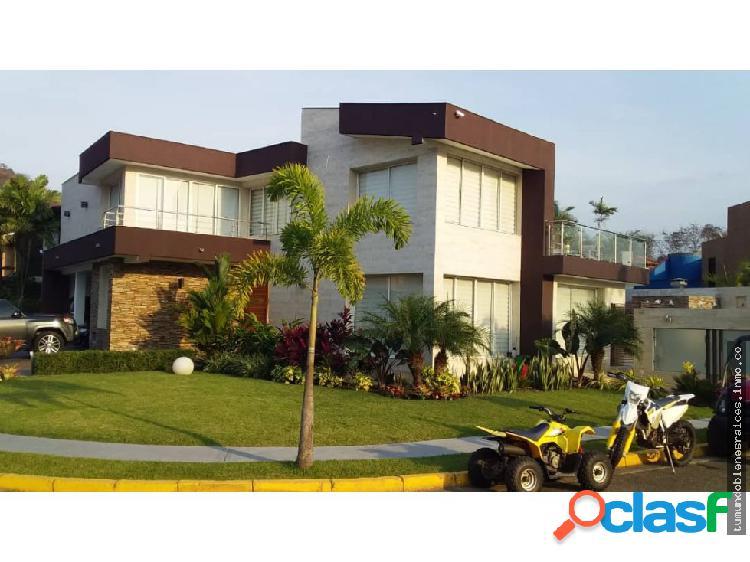 En Venta Casa Villa Laguna Club