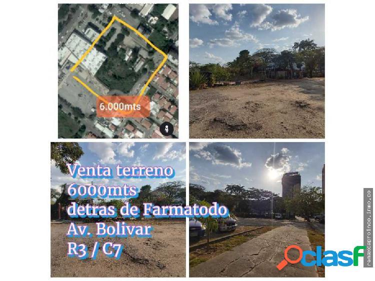 Vendo terreno Comercial Av Bolivar Norte