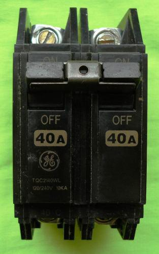 Breaker Superficial 2x40 General Electric
