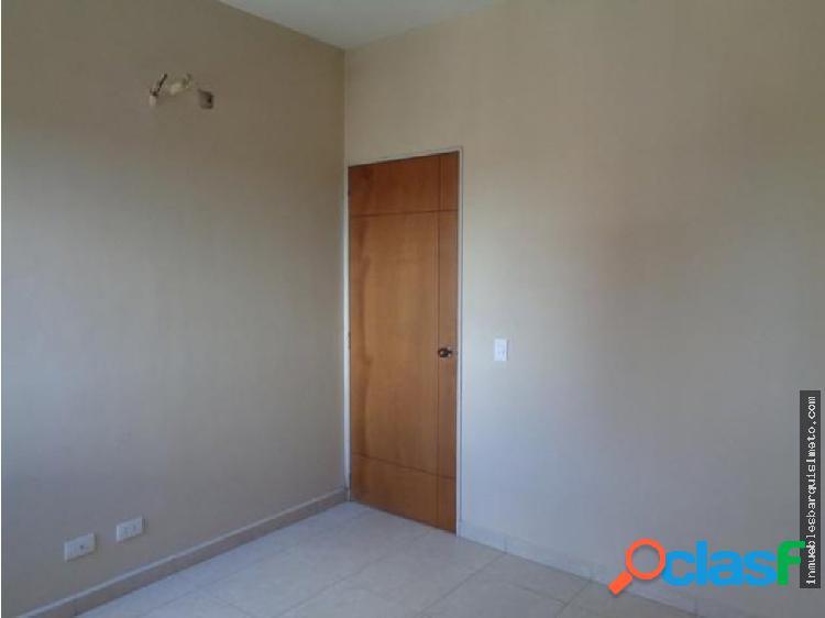 Apartamento en Venta Centro Bqto JM 20-1438