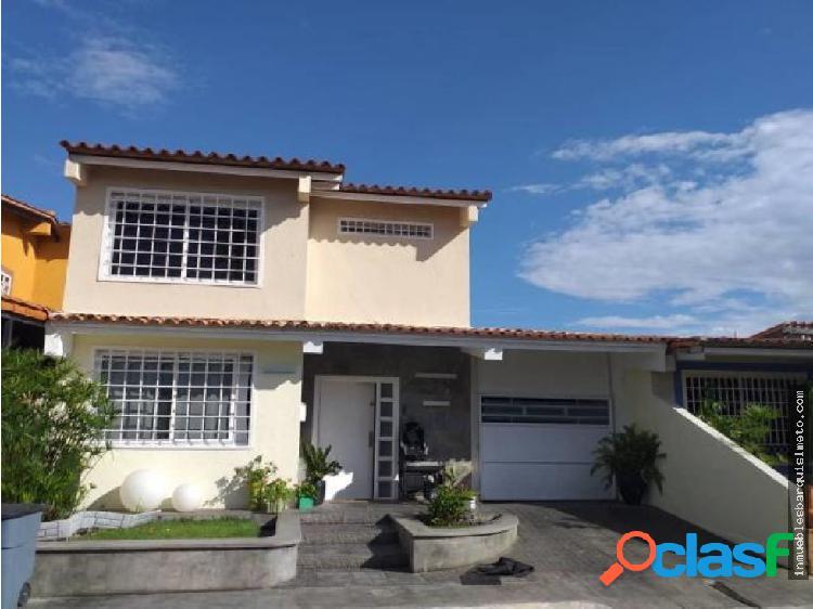 Casa en Venta Zona Este 20-6098 zegm