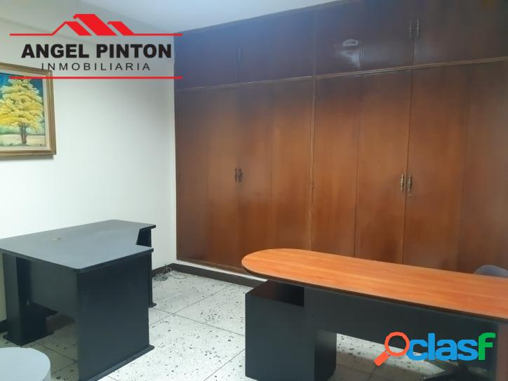 OFICINA ALQUILER PUEBLO NUEVO MARACAIBO API 3765