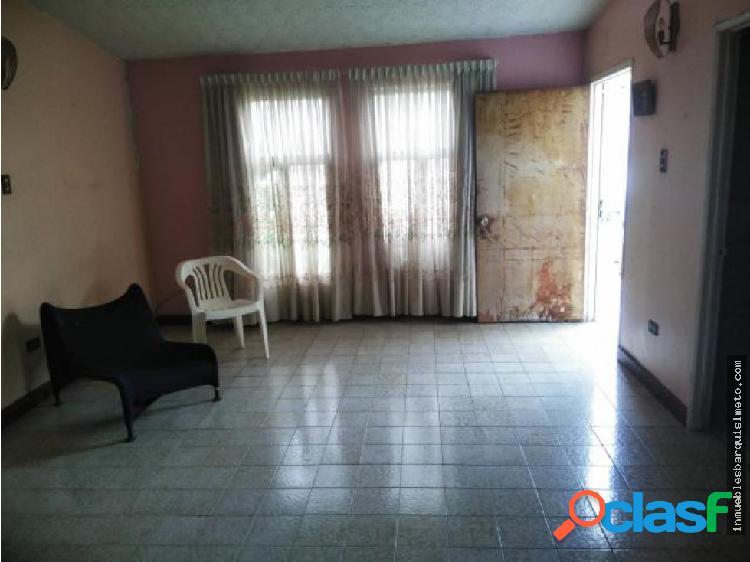 Casa en Venta Las Mercedes 20-7508 zegm