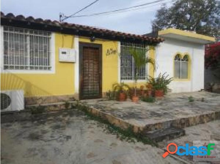 Gehijka Vende Fresca casa en urbanizacion privada