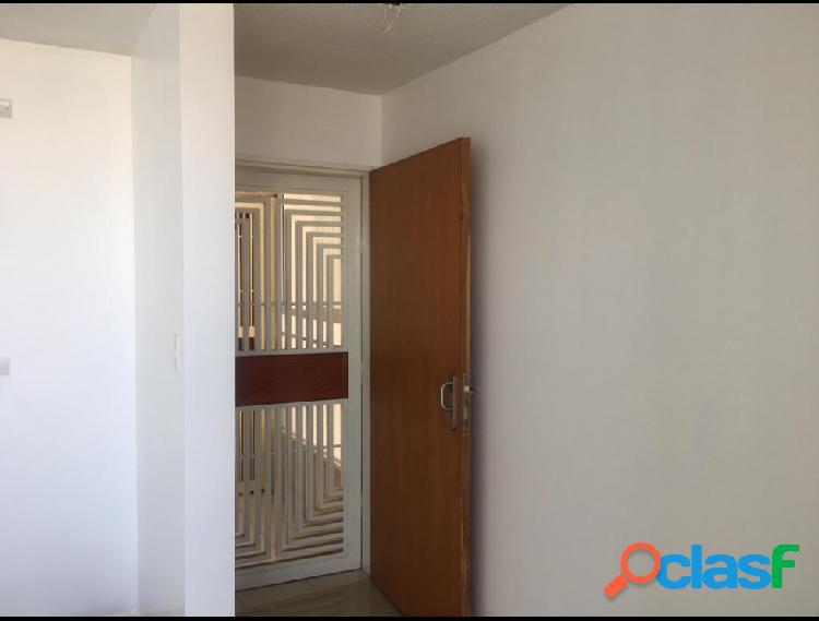 RAH: 20-1836. Apartamento en venta en Barquisimeto