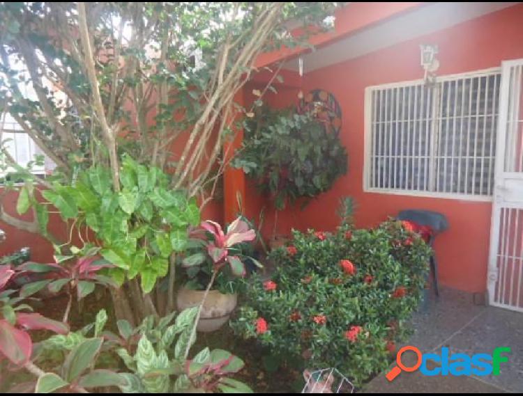 RAH: 20-2174. Casa en venta en Barquisimeto