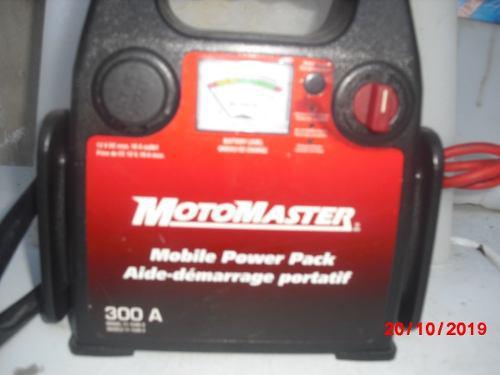 Cargador Para Baterias De Carros,motos,camiones,lanchas Etc.