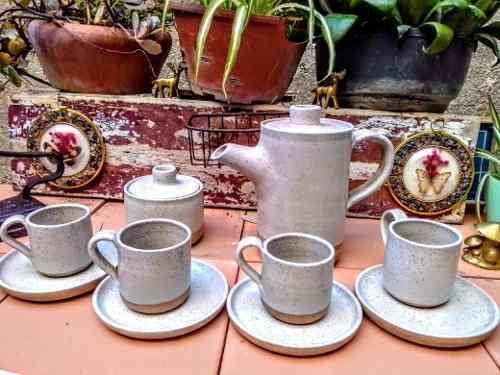 Juego De Tazas Y Jarra Para Café Gres De 10 Piezas. Vintage