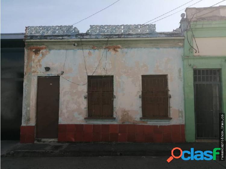 Terreno a una cuadra de la Av Bolívar Norte