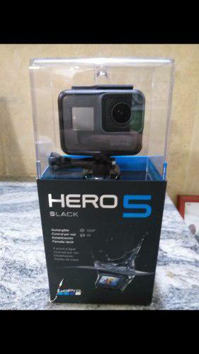 Camara Gopro Hero 5 Black Con Todos Sus Accesorios.