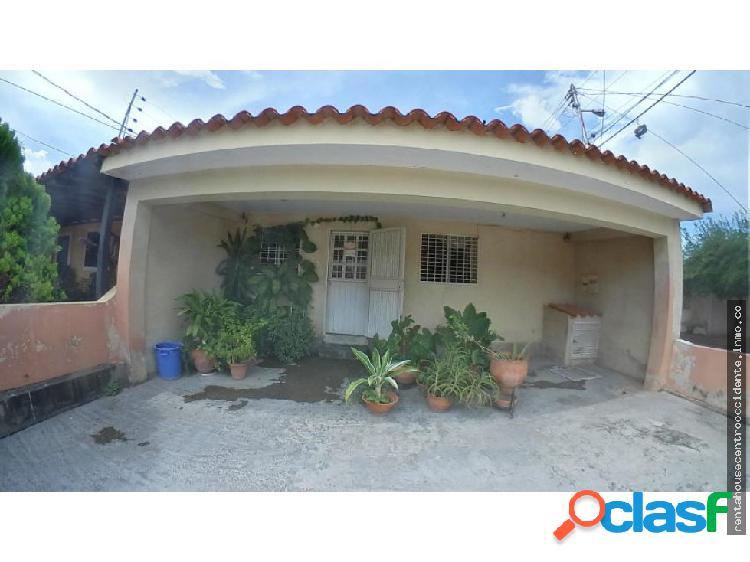 Casa en Venta La Montañita Cabudare