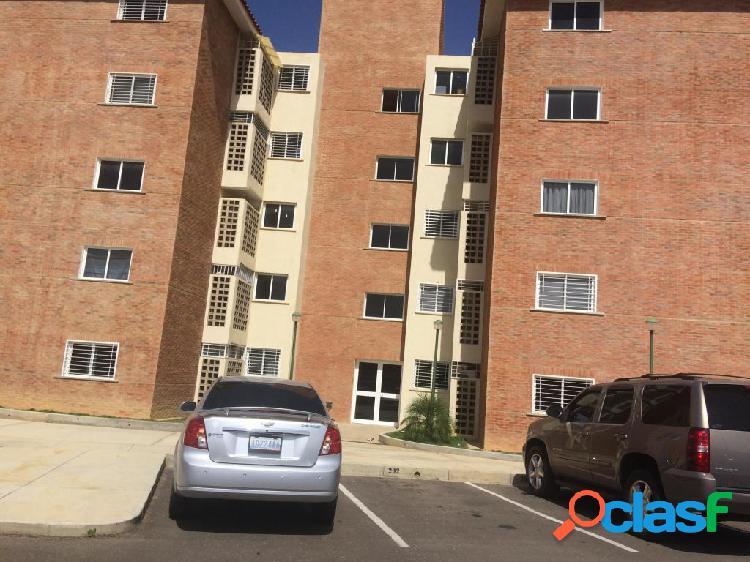 Se vende Apartamento Casacoima RAH: 19-7666
