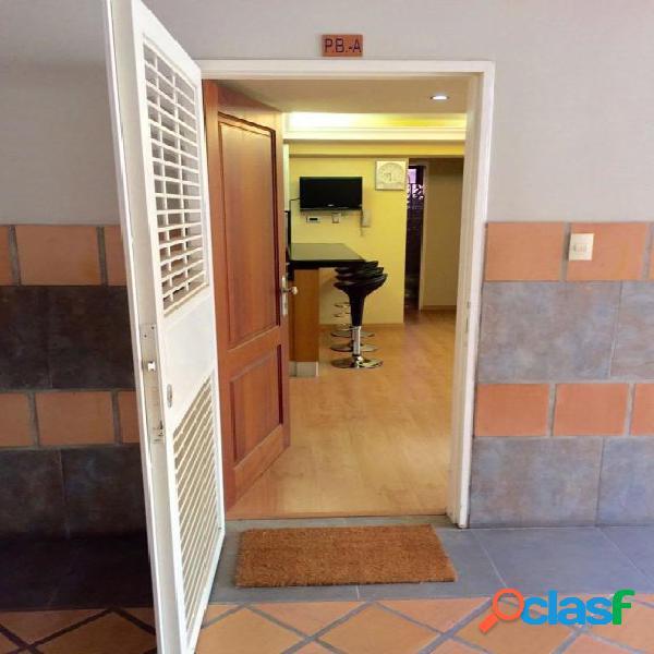 Se vende Apartamento El Country RAH: 20-407