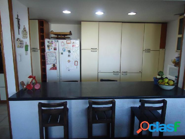 Se vende Apartamento El Parque RAH: 20-5349