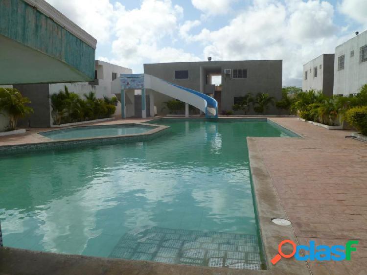Se vende Apartamento Flamingo RAH: 20-3729