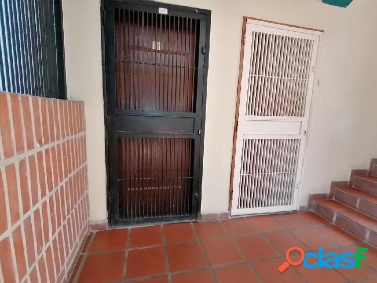Se vende Apartamento La Mata RAH: 20-96
