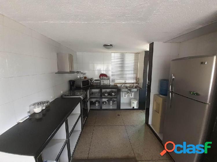 Se vende Apartamento La Mora RAH: 20-2587