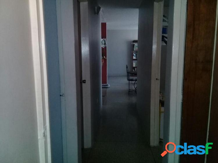 Se vende Apartamento La Mora RAH: 20-7605